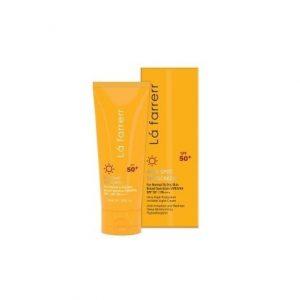 کرم ضد آفتاب و ضد لک بی رنگ لافارر SPF 50 مخصوص پوست خشک و معمولی 40 میلی لیتر