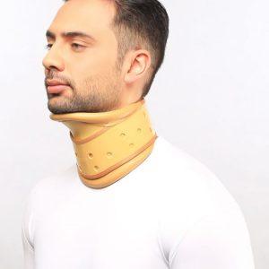 گردن بند طبی سخت چانه دار آدور