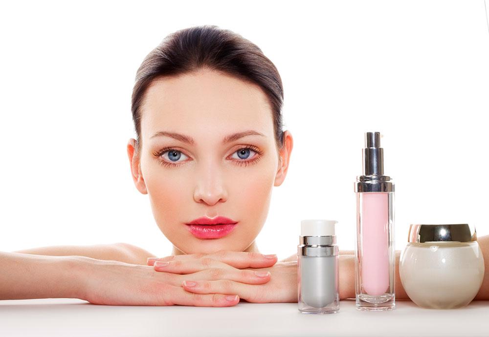 ترتیب استفاده از محصولات آرایشی-بهداشتی در برنامه مراقبت روزانه از پوست