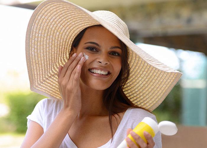 ترتیب استفاده از محصولات مراقبت از پوست