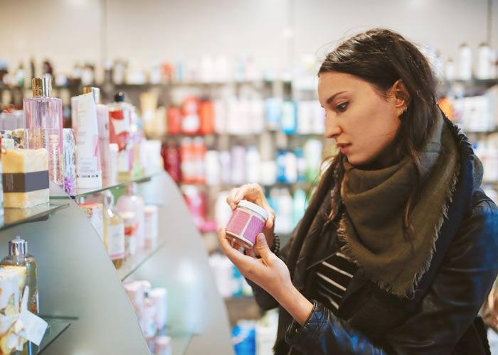 آشنایی با محصولات مراقبت از پوست حاوی CBD